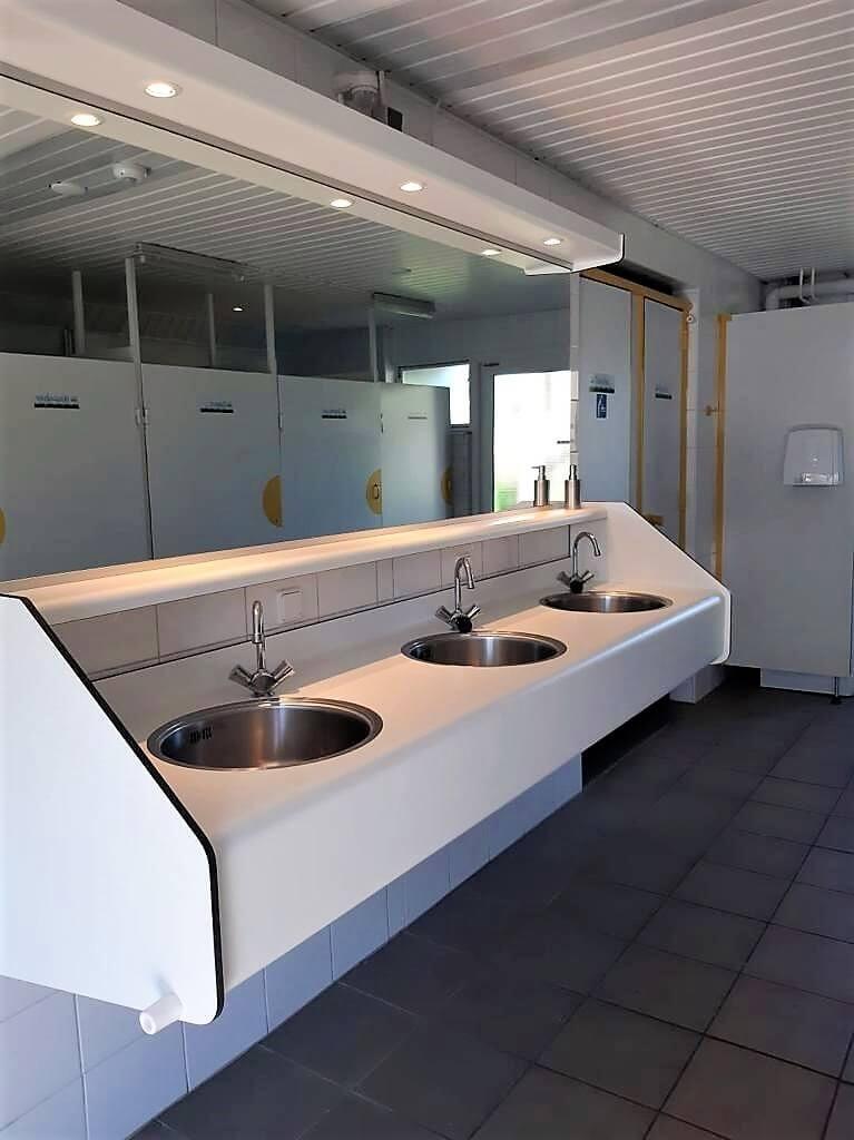 schoon en modern sanitair op rustige boerencamping in Drenthe
